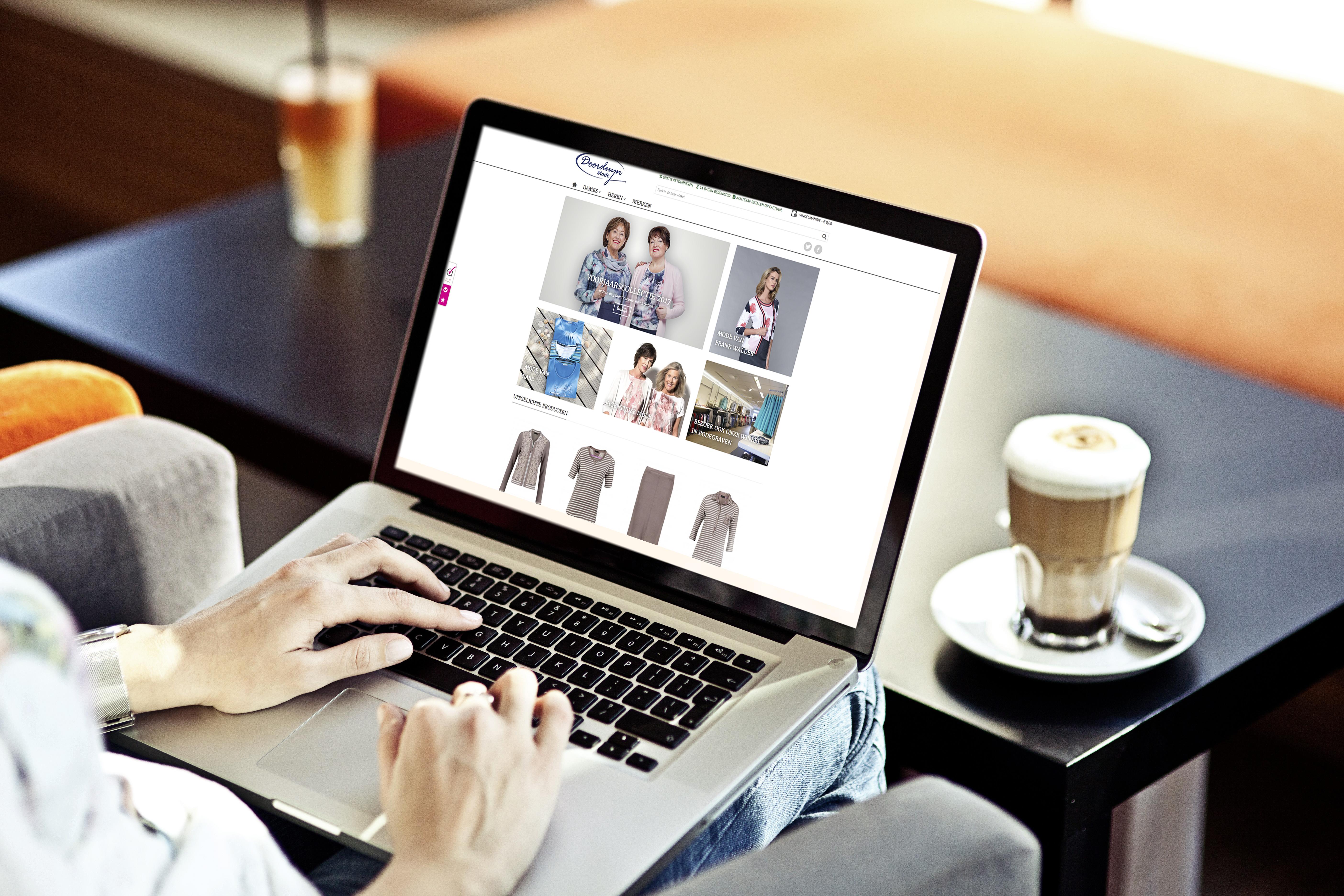 Dreamstar kleding online kopen